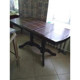 Стол №16 с плиткой